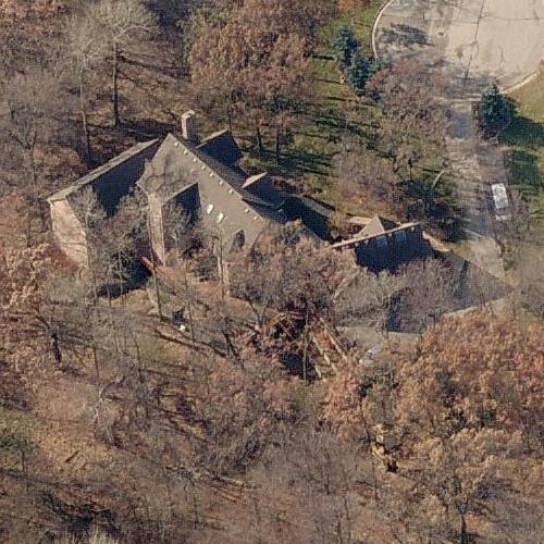 Brett Favre\'s House (former) in Green Bay, WI (Google Maps)