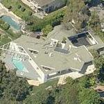 Mary Kate & Ashley Olsen's House (former) (Birds Eye)