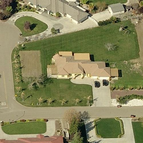 M. C. Hammer's House in Tracy, CA (Google Maps)