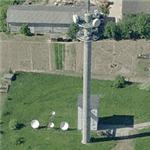 Communications tower and satellite dishes (Birds Eye)