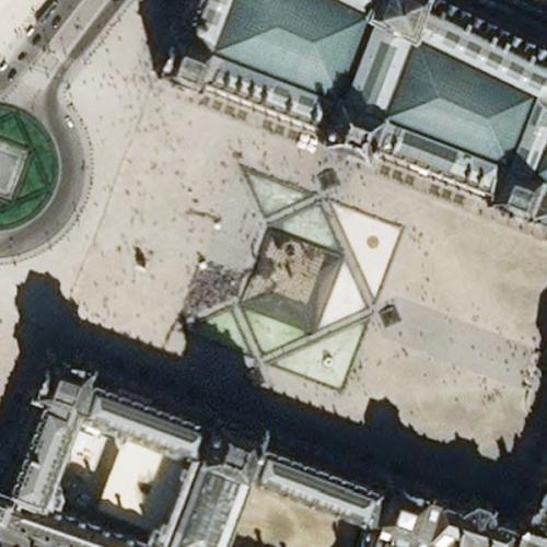 Louvre, The (Le Louvre) (Birds Eye)