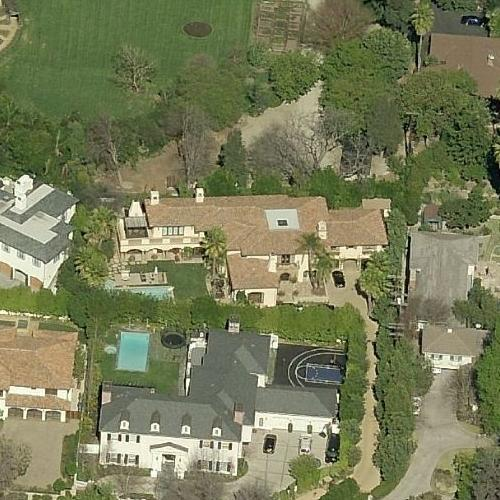 Miley Cyrus' House (former) In Toluca Lake, CA (Google Maps