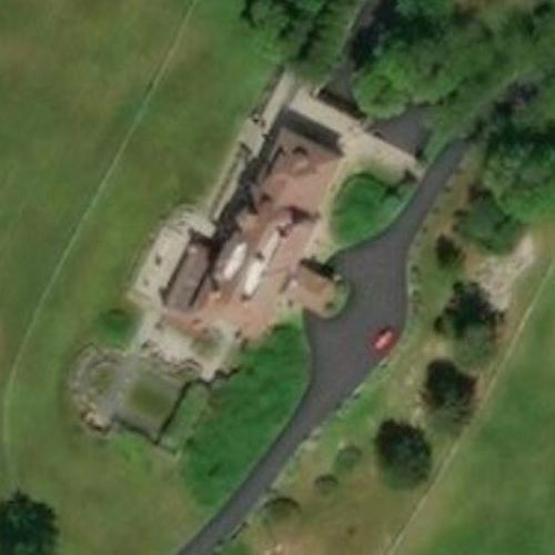 Jacqueline Kennedy Onassis' childhood home (Hammersmith Farm) (Birds Eye)