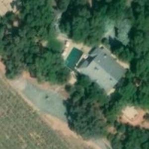 Nancy Pelosi's vineyard (Bing Maps)