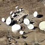 Former hardened Nike Missile site NY-54L and satellite dish antennas (Birds Eye)