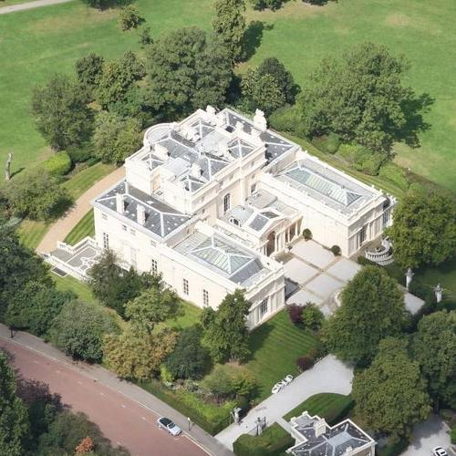 Celebrity homes map uk and ireland